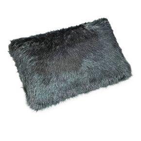 almofada-baguete-black-fur-personalizada-para-sofa-decorativa-colorida-cinza-13014957
