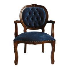poltrona-estofada-madeira-azul-com-braco-captone-decoracao-mesa-jantar-medalhao-01