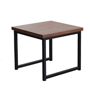 mesa-pequena-tampo-madeira-pes-em-ferro
